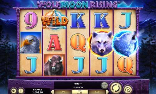 wolf moon rising slot screen - Wolf Moon Rising Free Slot Review
